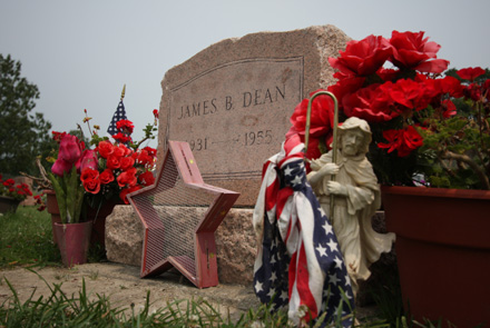 The Great American RoadTrip Forum - James Dean's Grave and Other