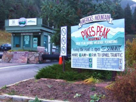 Pikes peak toll Road