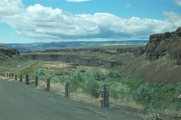 The entrance to Frenchman Coulee