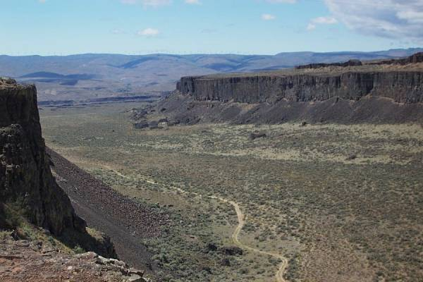 Frenchman Coulee at Exit 143 on I-90 in Washington