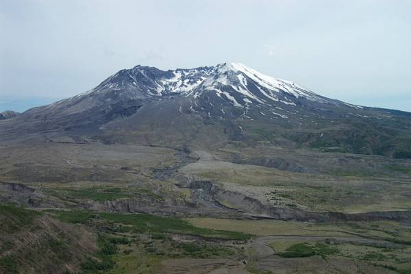 Mount St Helens from the Johnston Overlook