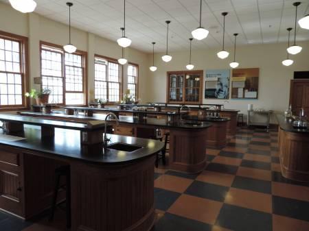 Science lab at GW Carver