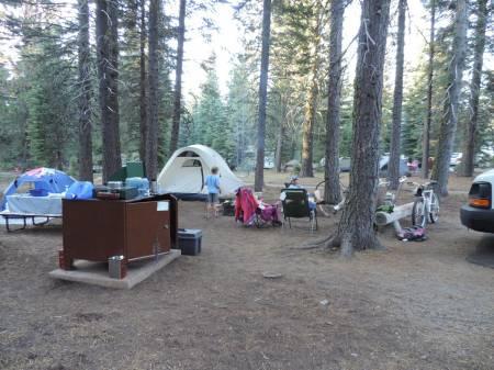 Manzanita Lake campsite