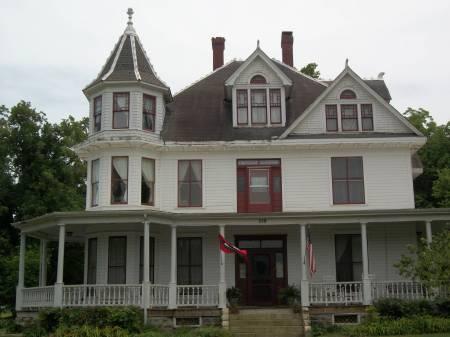 The Great American Roadtrip Forum Red Raven Inn Yellville Arkansas