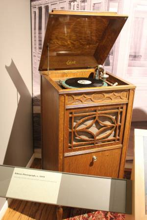 Phonograph, 1919