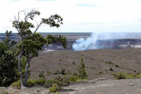 [RT08A_005] (Big Island) Hawaii Volcanoes NP