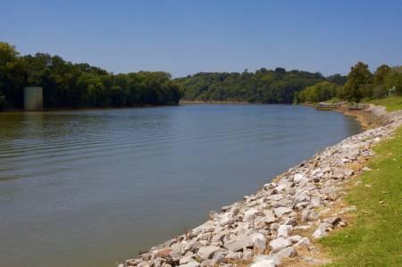 [RT09_073] Clarksville, TN