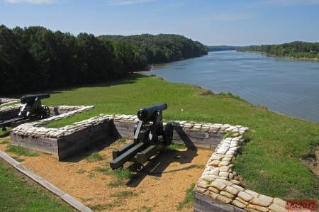 [RT09_075_HK] Fort Donelson National Battlefield, TN